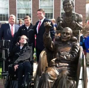 Team Hoyt Boston statue